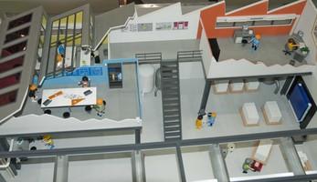 Bâtiment tertiaire BBC (maquette de l'usine modèle du CETIAT)